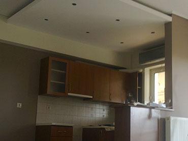 οροφη με κρυφo φωτισμο σε κουζινα σε οικια στην Νεα Ιωνια