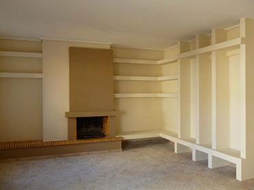 Σύνθεση βιβλιοθήκης σε οικία στην Νέα Σμύρνη .