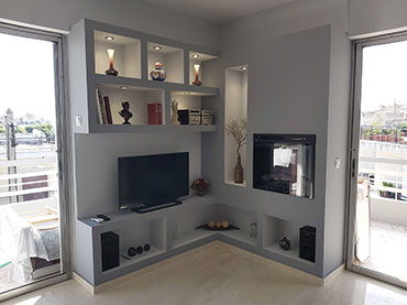 Σύνθεση για τηλεόραση και τζακι βιοαιθανόλης σε οικια στο Νέο Ηρακλειο .