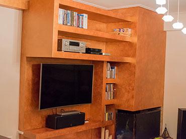 Επιπλο tv-cd-και ηχοσυστήματος σε οικία στην Νεα Σμύρνη.