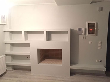 Ραφιερα -βιβλιοθηκη σε οικια στα Μελισσια.